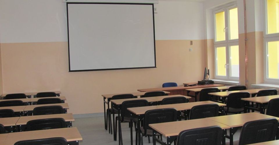 Uczniowie Wrócili Z Włoch - Są Poddani Obserwacji