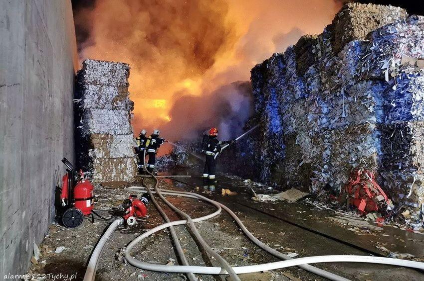 Pożar Na Składowisku