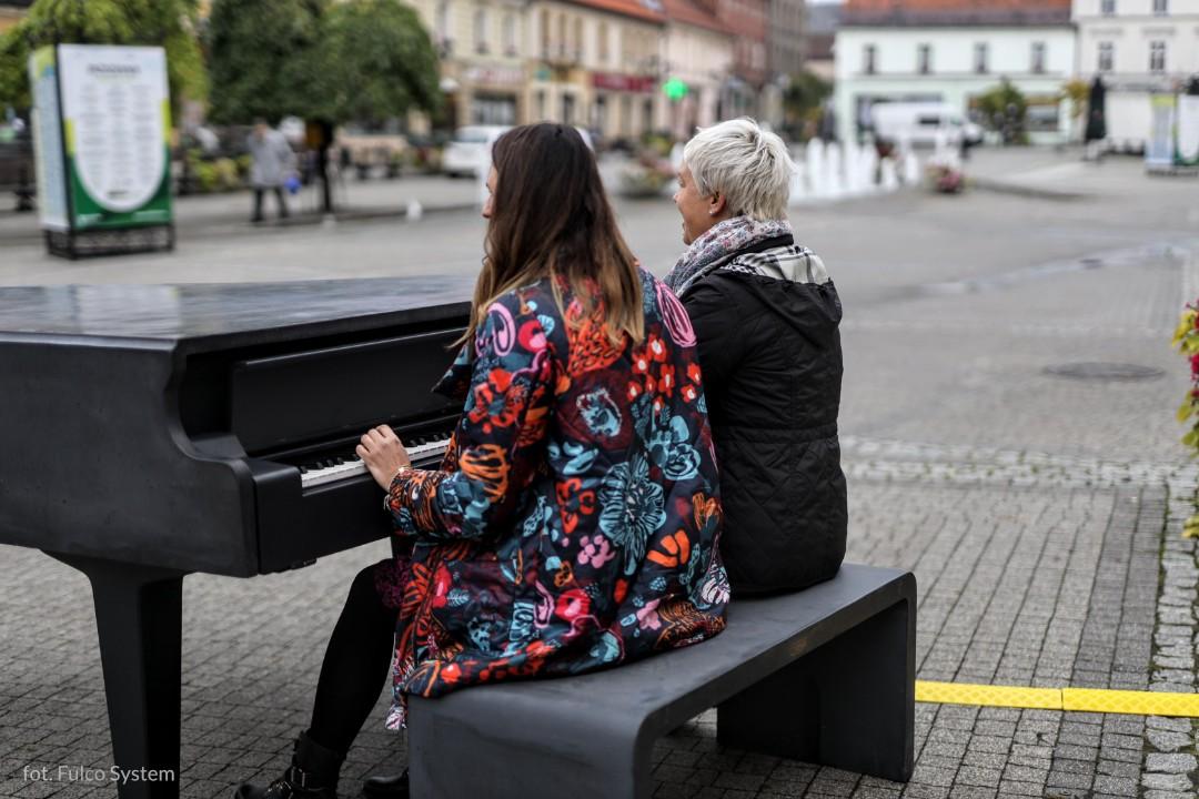 Fortepian Na Wolnym Powietrzu, Czyli #granienafortepianie W Mikołowskim Budżecie Obywatelskim