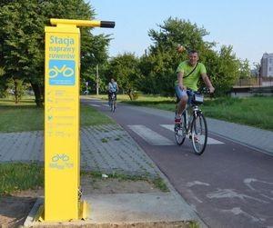 To nie fotoradary, to stacje naprawy rowerów