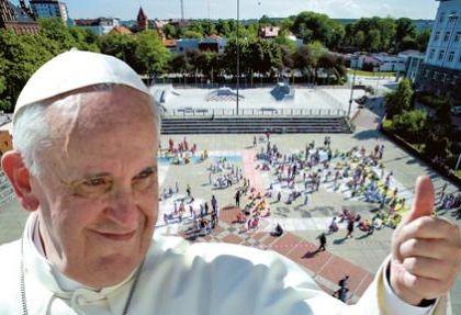 Papieska msza w Gliwicach - na telebimie