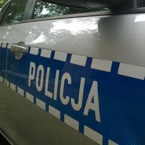Kierowca BMW potrącił policjanta
