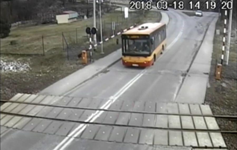Szarża Kierowcy Autobusu [Zobacz Film]