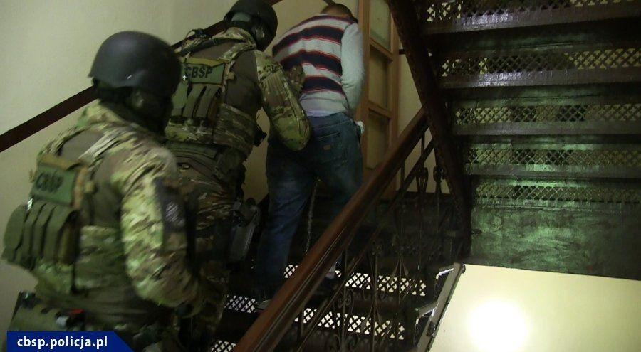 Wielka Operacja Policji: Zatrzymano Prawie 40 Gangsterów!