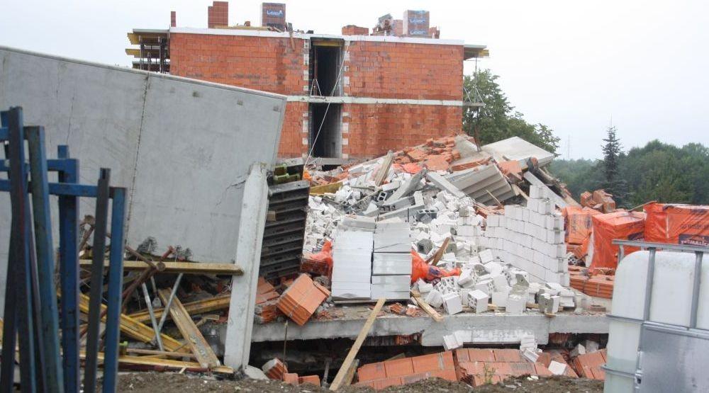 Zawalił Się Budowany Blok. Czy To Było Celowe Działanie?