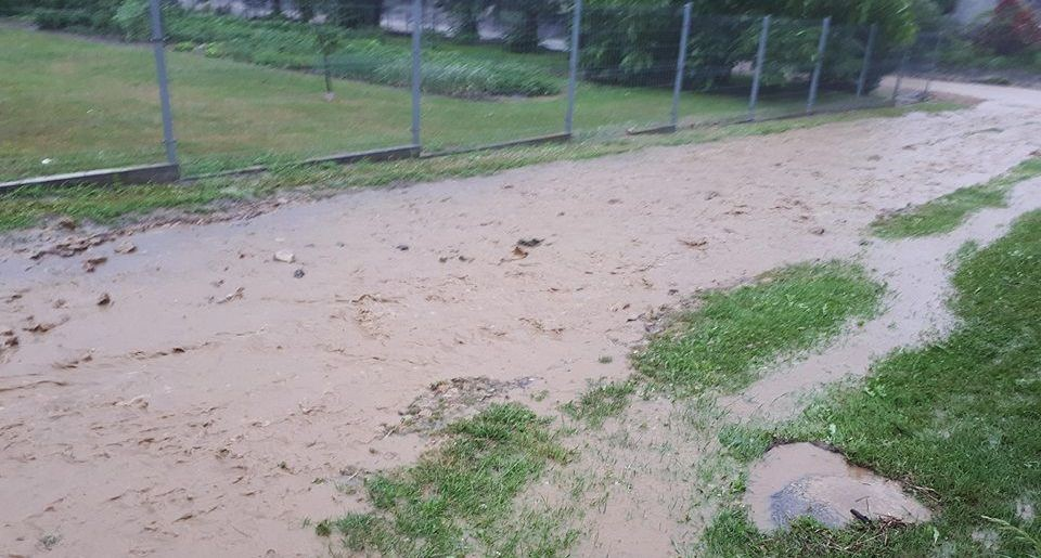 Ciągle Pada: Wprowadzono Pogotowie Przeciwpowodziowe